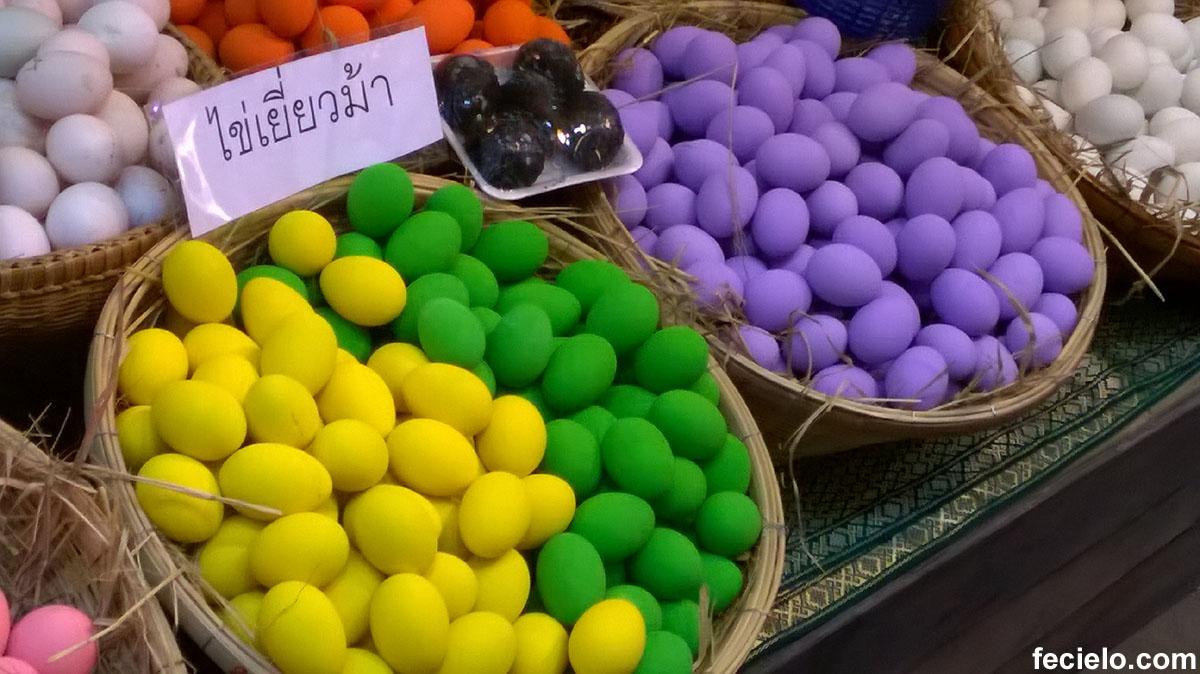 yellow blue black orange green eggs